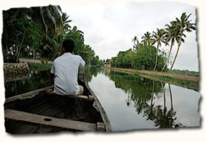 Alleppey, canoe rides